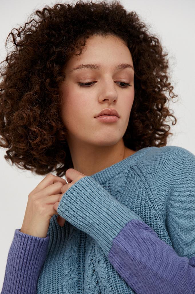 Фото 5 - джемпер женский светло-бирюзового цвета