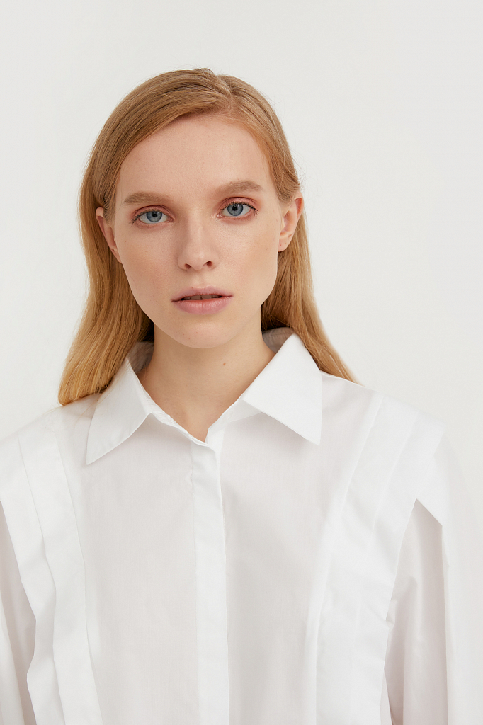 блузка женская оверсайз с декоративной отделкой