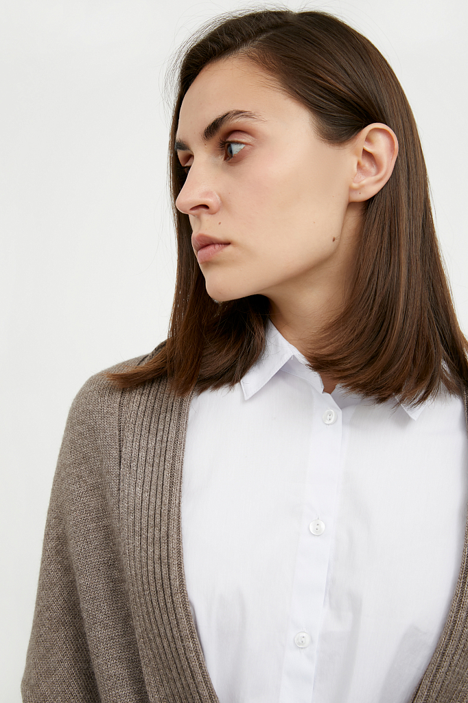 Фото 6 - жилет женский коричневого цвета