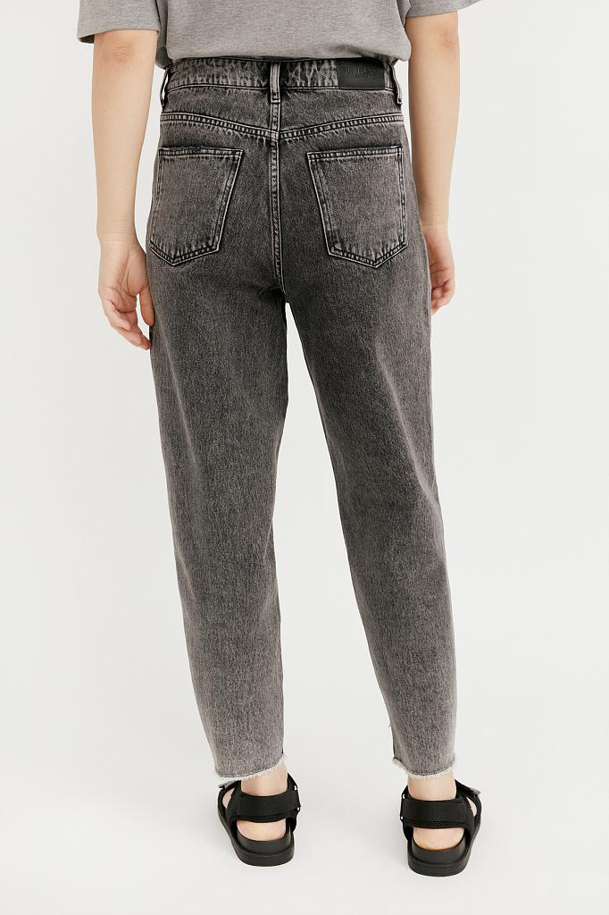 Фото 4 - джинсы женские темно-серого цвета
