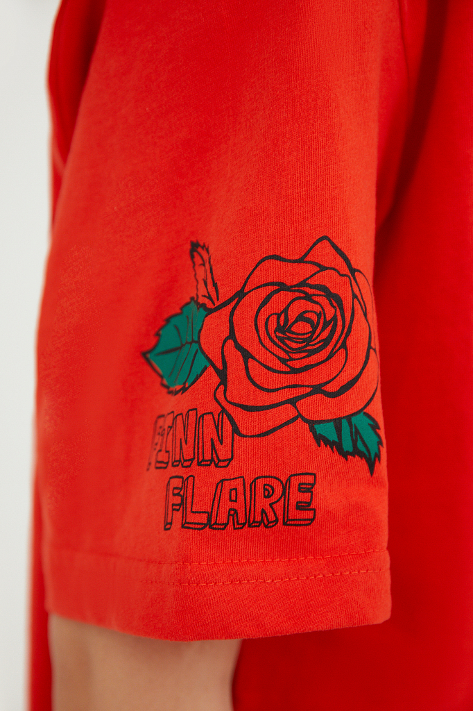 Фото 6 - футболка женская красного цвета