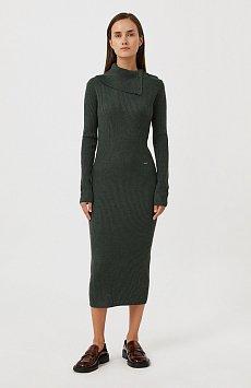 Трикотажное платье с шерстью с отложным воротником FAB11192